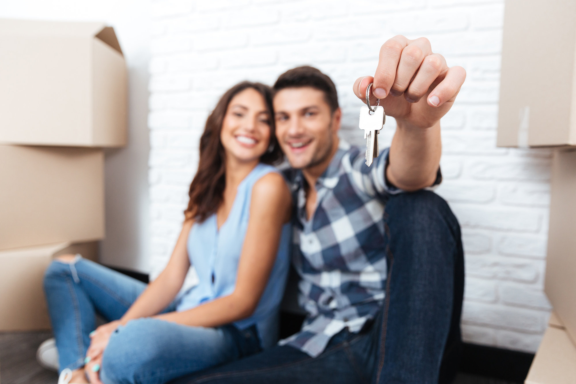 happy-first-time-homebuyers-in-colorado-springs-real-estate