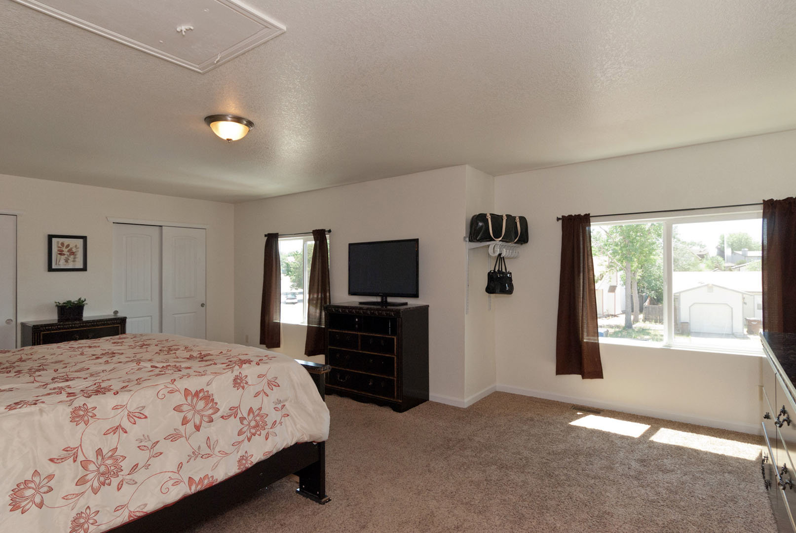 4268-marlow-circle-master-bedroom